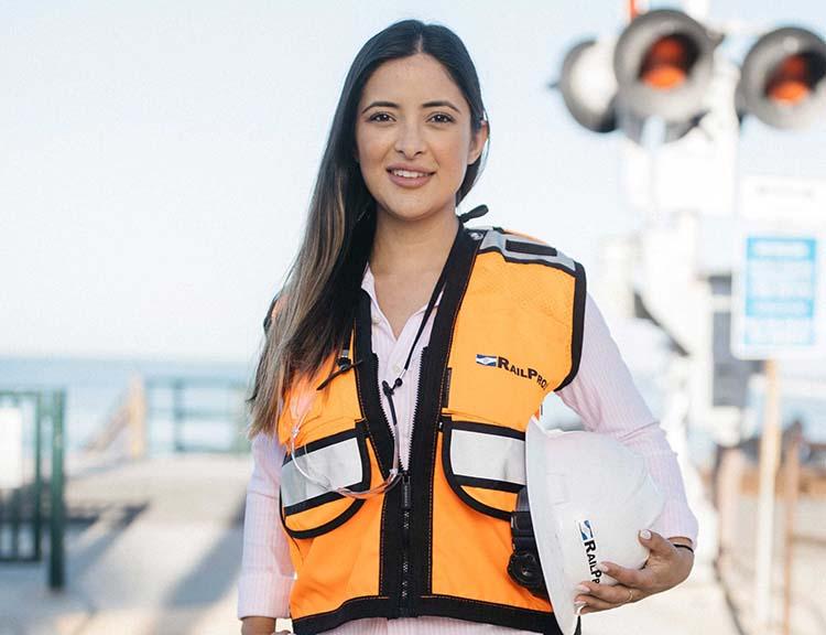 RailPros Career - Looking for Great People - Julina Corona
